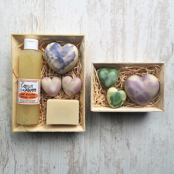 Coffret Cadeau Fête des mères cœur de savon artisanal